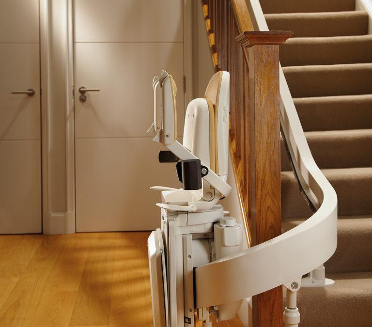 sillas salvaescaleras para mayores